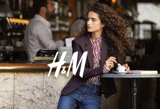 Find Savings of up to 50% When You Shop in the Mid-Season Sale at H&M